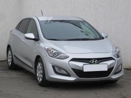 Hyundai i30 2013 Hatchback stříbrná 4