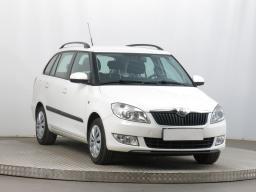 Škoda Fabia 2011 Combi bílá 8