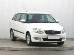 Škoda Fabia 2013 Combi bílá 10