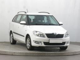 Škoda Fabia 2014 Combi bílá 5