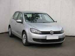 Volkswagen Golf 2010 Hatchback stříbrná 8