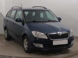 Škoda Fabia 2011 Combi modrá 4