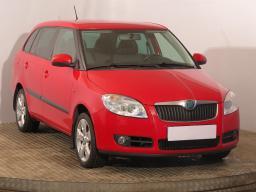 Škoda Fabia 2009 Combi červená 8