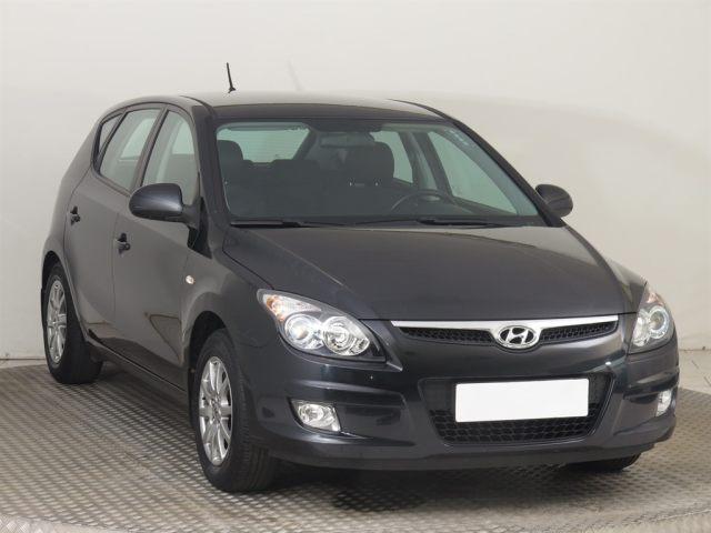 Hyundai i30  (2009, 1.4 CVVT)
