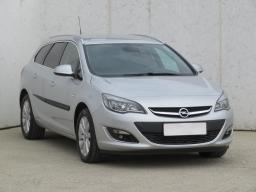Opel Astra 2016 Combi šedá 2