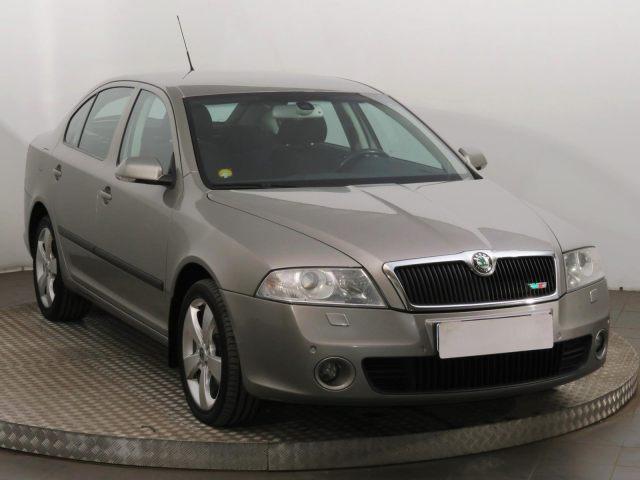 Škoda Octavia  (2007, 2.0 TDI)