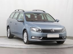 Volkswagen Passat 2012 Combi šedá 7
