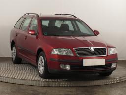 Škoda Octavia 2007 Combi červená 8