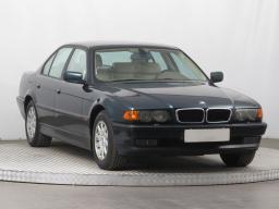 BMW 7 1999 Sedan zelená 2
