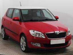 Škoda Fabia 2012 Hatchback Červená 3
