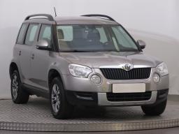 Škoda Yeti 2012 SUV šedá 6