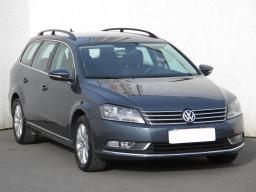 Volkswagen Passat 2012 Combi šedá 6