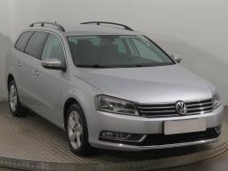 Volkswagen Passat 2011 Combi šedá 7