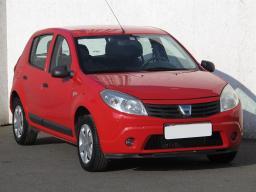 Dacia Sandero 2011 Hatchback červená 2