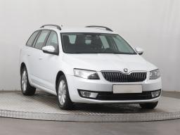 Škoda Octavia 2015 Combi bílá 1
