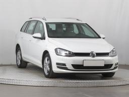 Volkswagen Golf 2014 Combi bílá 10