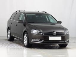Volkswagen Passat 2013 Combi hnědá 5
