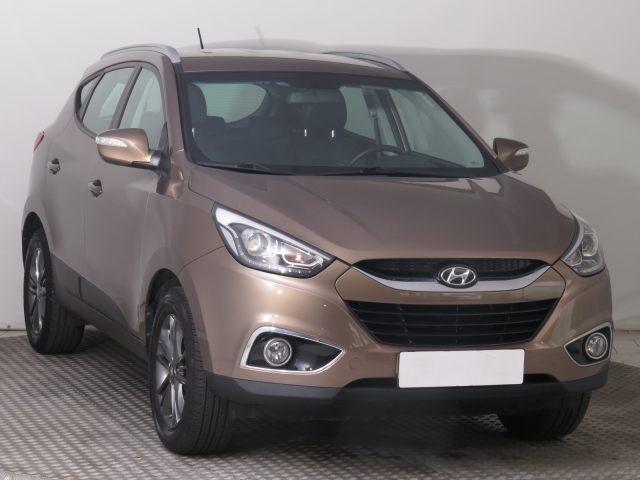 Hyundai ix35  (2014, 1.7 CRDi)
