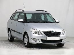 Škoda Fabia 2011 Combi šedá 9