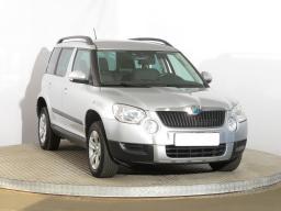 Škoda Yeti 2012 SUV stříbrná 2