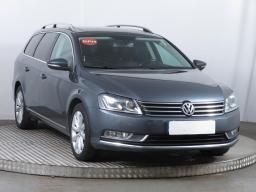 Volkswagen Passat 2014 Combi šedá 5