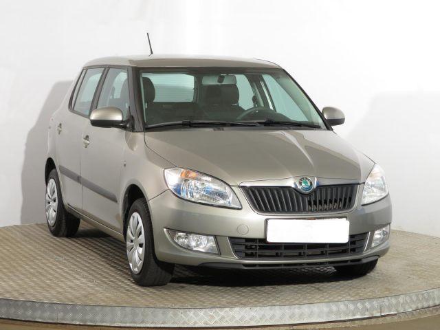 Škoda Fabia  (2011, 1.2 TSI)