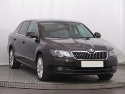 Škoda Superb 2014 Sedan hnědá 10