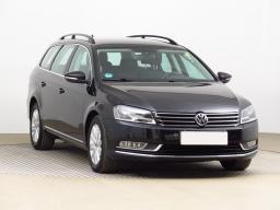 Volkswagen Passat 2011 Combi černá 1