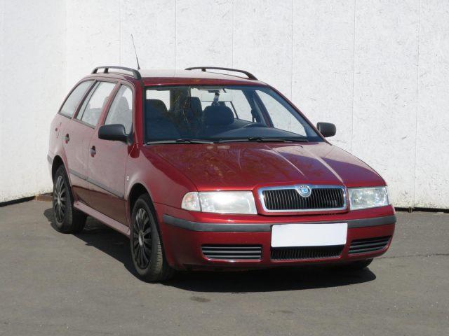 Škoda Octavia Combi (2002, 1.6 i)